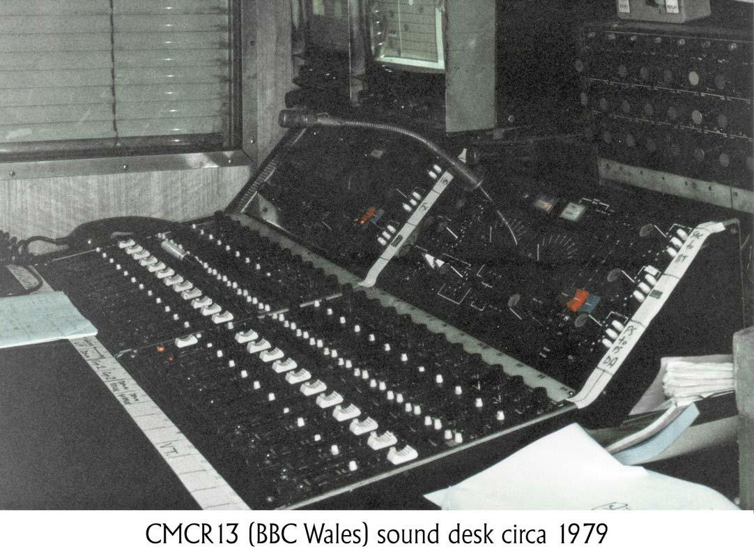 CMCR 13 sound desk
