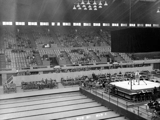 The second week the Pool was used for Boxing