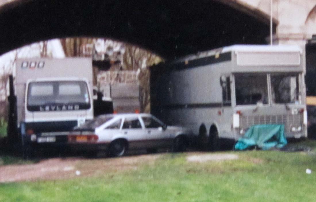 Type 5 at Chiswick Bridge